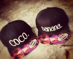 Caps besticken - coco banana - Paar Caps